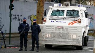 Συναγερμός στις Βρυξέλλες: Ένοπλος άνοιξε πυρ με καλάσνικοφ σε εστιατόριο
