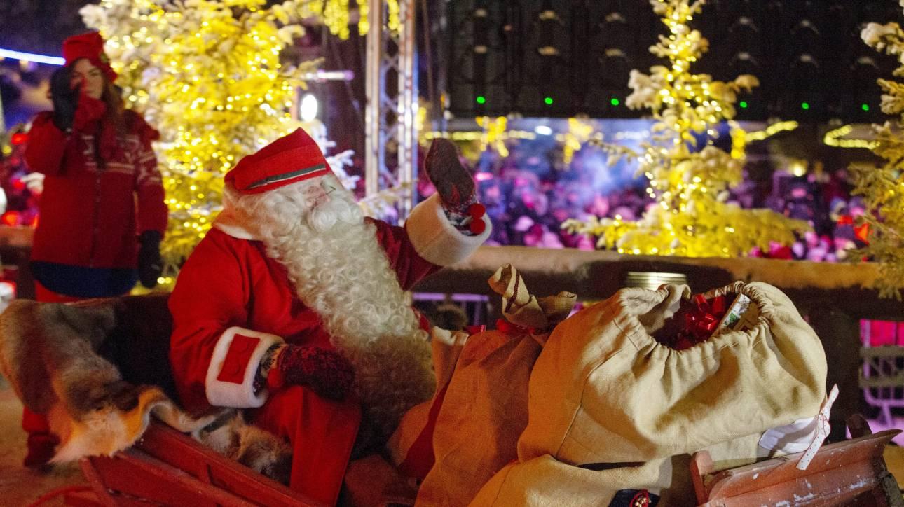 Ξεκίνησε το ταξίδι του ο Άγιος Βασίλης - Δείτε live την πορεία του