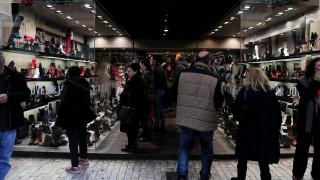 Εορταστικό ωράριο: Ποιες ώρες θα είναι ανοιχτά τα καταστήματα