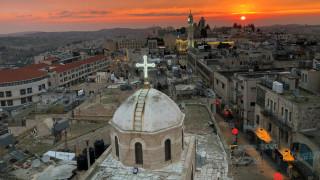 Χιλιάδες πιστοί απ' όλον τον κόσμο στη Βηθλεέμ για τα Χριστούγεννα