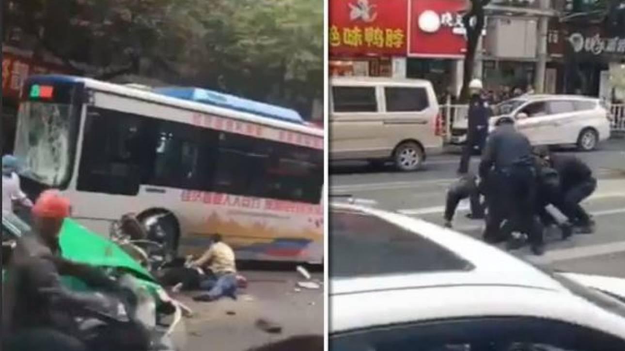 Κίνα: Άγνωστος κατέλαβε λεωφορείο και έπεσε πάνω σε πεζούς - Στους 8 οι νεκροί