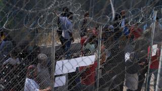 Σάμος: «Κόλαση» για χιλιάδες πρόσφυγες έξω από τον καταυλισμό