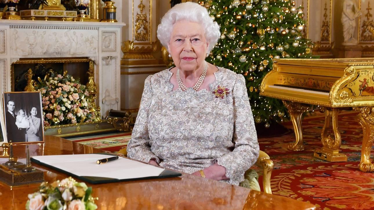 Το χριστουγεννιάτικο μήνυμα της βασίλισσας Ελισάβετ για ενότητα