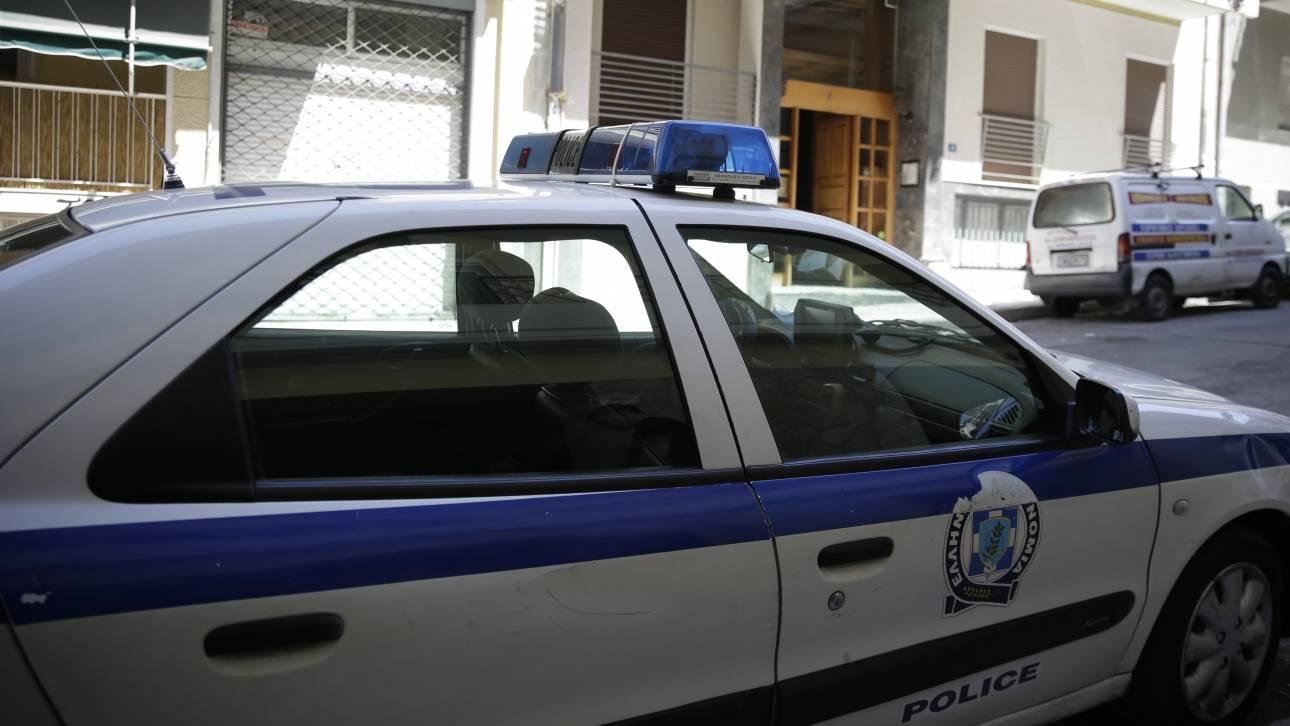 Χειροπέδες σε διακινητές μεταναστών στη Θεσσαλονίκη
