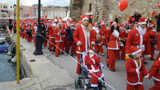 Santa Run: Χιλιάδες Άγιοι Βασίληδες στους δρόμους των Χανίων
