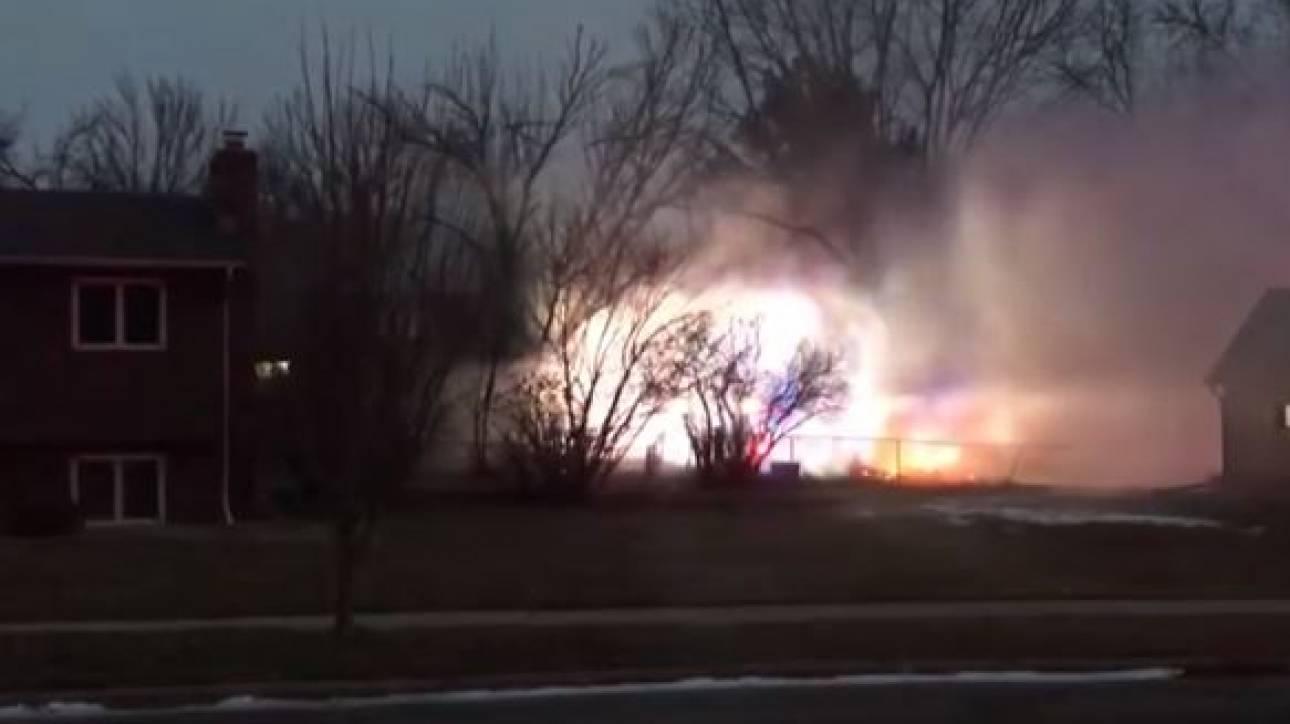 ΗΠΑ: Αεροπλάνο έπεσε πάνω σε σπίτια στη Νότια Ντακότα - Ένας νεκρός