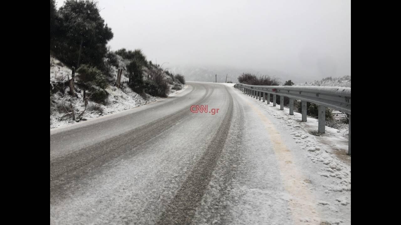 https://cdn.cnngreece.gr/media/news/2018/12/26/159690/photos/snapshot/parnitha-4.jpg