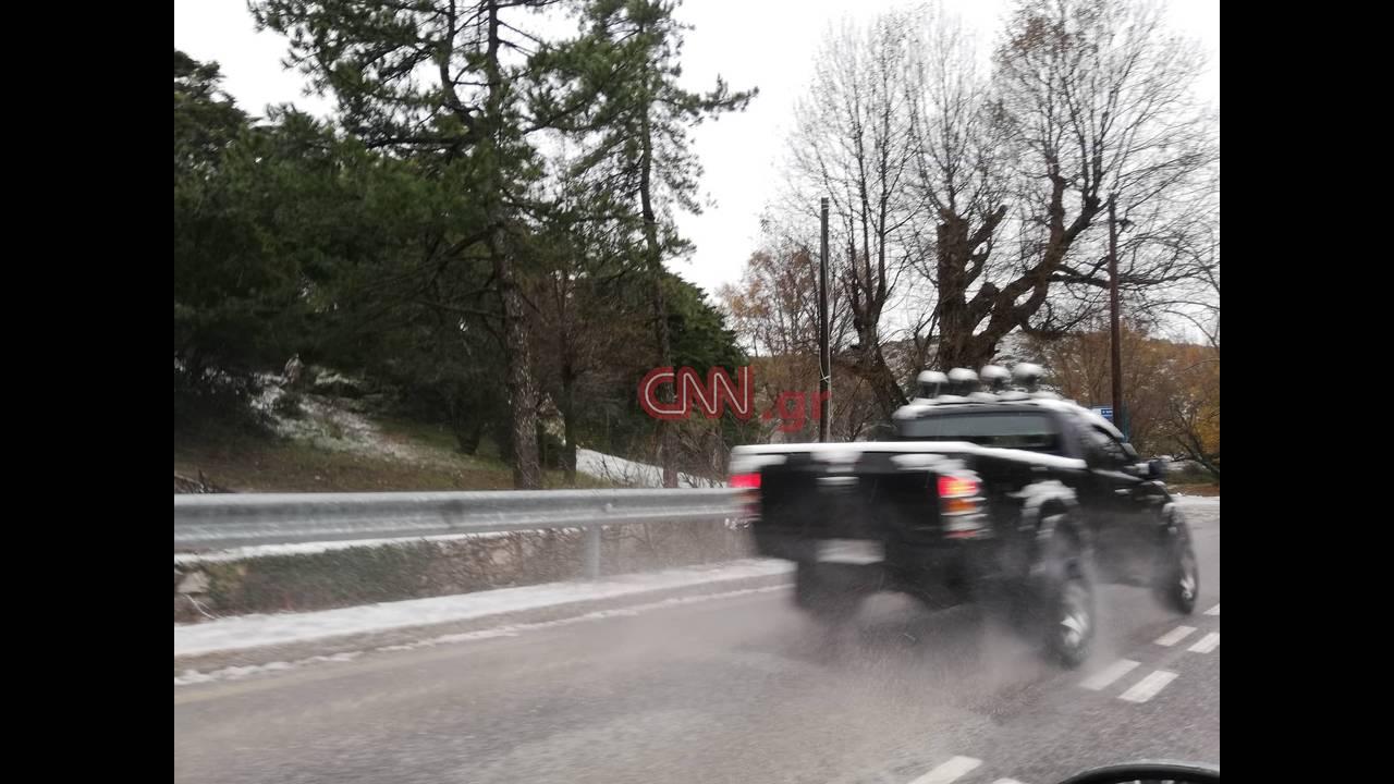 https://cdn.cnngreece.gr/media/news/2018/12/26/159690/photos/snapshot/parnitha-8.jpg