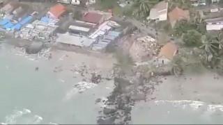 Κίνδυνος για τσουνάμι στην Ελλάδα από το ηφαίστειο της Σαντορίνης