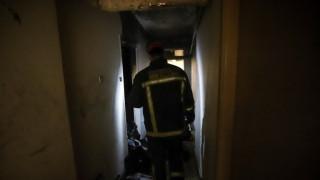 Φωτιά σε διαμέρισμα στο κέντρο της Αθήνας: Απεγκλωβίστηκε ένα άτομο