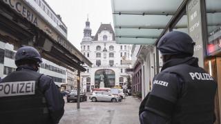 Εκκένωση καθεδρικού ναού στη Βιέννη λόγω απειλής για βόμβα