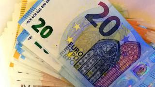 «Χαράτσι» 850 ευρώ: Ποιοι θα πρέπει να το πληρώσουν το νέο έτος