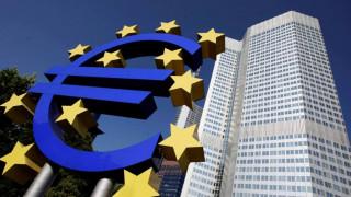 Ανησυχεί η ΕΚΤ για τα μεγάλα δημόσια χρέη στη ζώνη του ευρώ