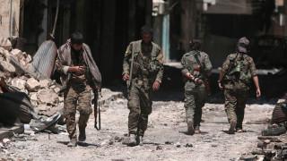 Οι δυνάμεις του Άσαντ μπήκαν στη Μανμπίτζ και ύψωσαν τη συριακή σημαία