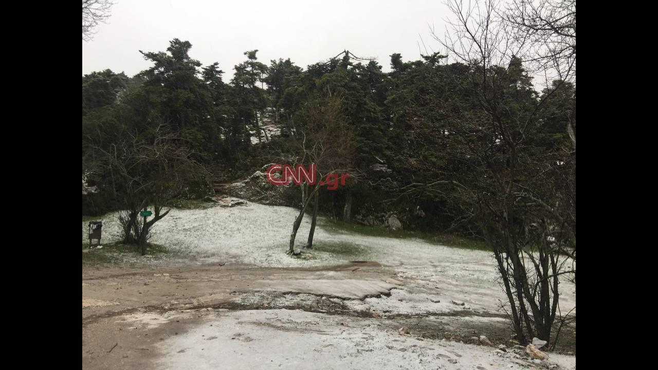 https://cdn.cnngreece.gr/media/news/2018/12/28/159889/photos/snapshot/parnitha-6.jpg