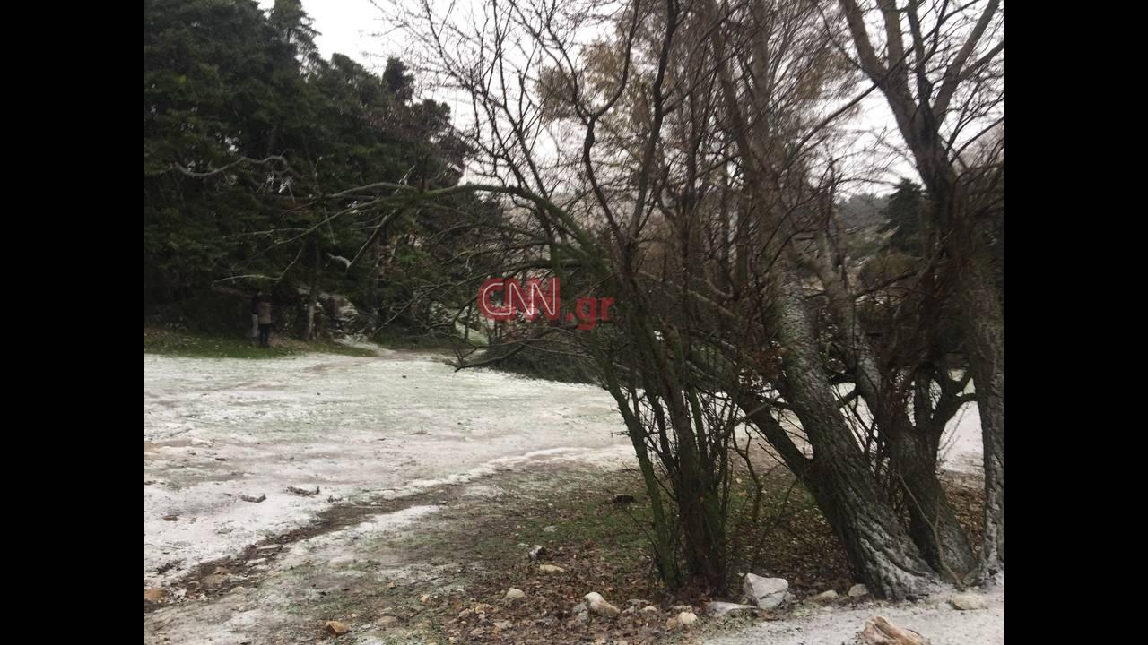 https://cdn.cnngreece.gr/media/news/2018/12/28/159889/photos/snapshot/parnitha-7.jpg