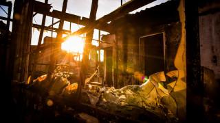 «Εκβιαστικές τακτικές»: Τι απαντά η κυβέρνηση στους πυρόπληκτους