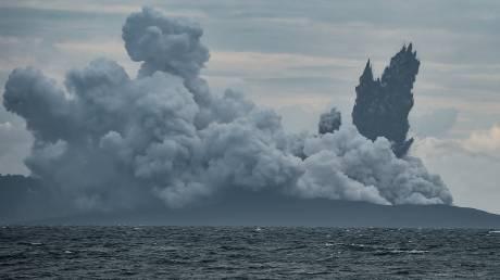 Φωτογράφισαν το ηφαίστειο Κρακατόα και ανακάλυψαν κάτι συγκλονιστικό
