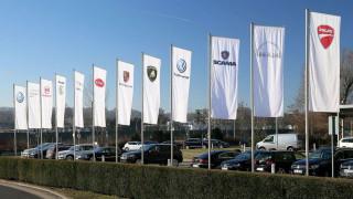 Αυτοκίνητο: Ποιοι είναι οι λόγοι που οδηγούν τον όμιλο Volkswagen στην κατάργηση μοντέλων;