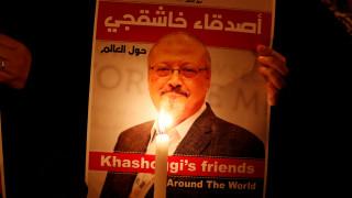 Βίντεο: Άνδρες φέρονται να μεταφέρουν τα λείψανα του Κασόγκι