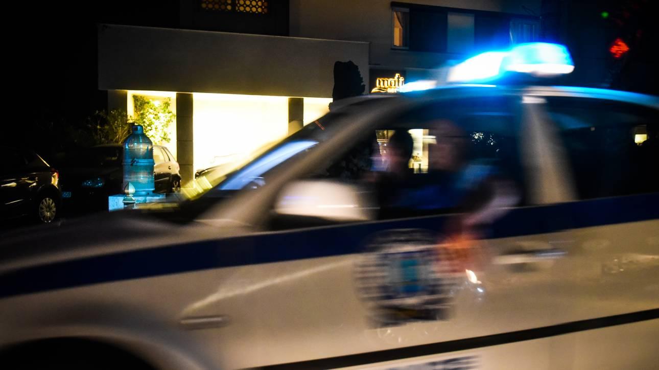 Πυροβόλησαν και σκότωσαν άνδρα έξω από νυχτερινό κέντρο στον Πειραιά