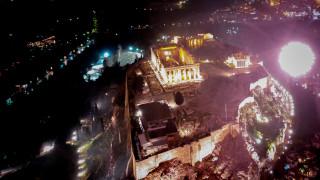 Πρωτοχρονιά: Φαντασμαγορικό σόου στην Αθήνα για την έλευση του 2019