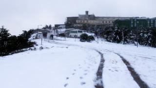 Κλειστός ο δρόμος προς Πάρνηθαλόγω χιονόπτωσης
