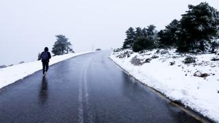 Πρωτοχρονιά με… χιόνια και καταιγίδες: Ο «Ραφαήλ» έφερε προβλήματα