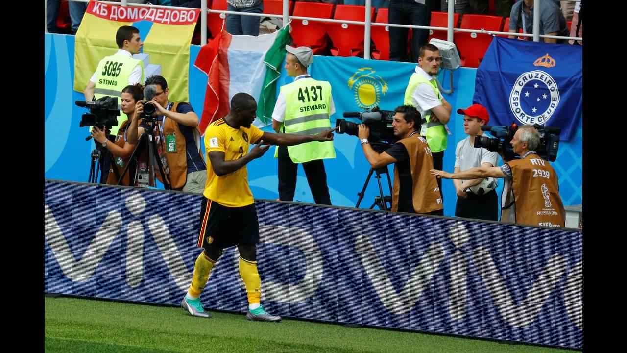 https://cdn.cnngreece.gr/media/news/2019/01/02/160351/photos/snapshot/worldcup_lukaku.JPG