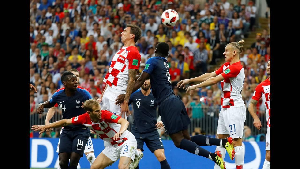 https://cdn.cnngreece.gr/media/news/2019/01/02/160351/photos/snapshot/worldcup_mandzukic.JPG