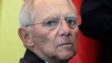Σόιμπλε: Θα συζητηθεί το ποιος θα είναι υποψήφιος του CDU για την καγκελαρία