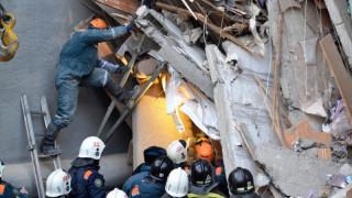 Κατάρρευση πολυκατοικίας στη Ρωσία: Τουλάχιστον 24 νεκροί - Επιχείρηση διάσωσης στους -27 βαθμούς