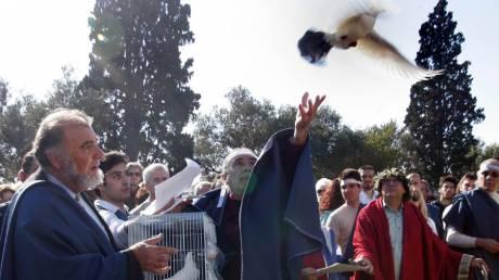 Δεν έχουν τον Θεό τους: «Μάχη» δωδεκαθεϊστών με χριστιανούς στο Ιερό της Ελευσίνας