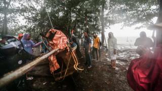 Τροπική καταιγίδα «σφυροκοπά» την Ταϊλάνδη: Χιλιάδες οι αποκλεισμένοι