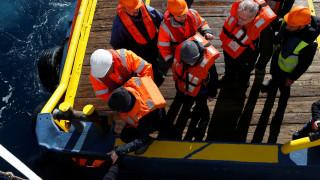 Απελπισμένος μετανάστης του Sea Watch 3 πέφτει στη θάλασσα για να φτάσει στην ακτή της Μάλτας