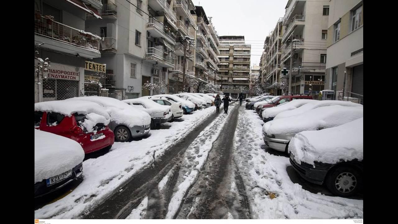 https://cdn.cnngreece.gr/media/news/2019/01/06/160799/photos/snapshot/thessaloniki5.jpg