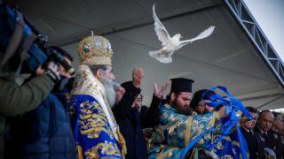 Με λαμπρότητα γιορτάστηκαν τα Θεοφάνεια σε όλη τη χώρα