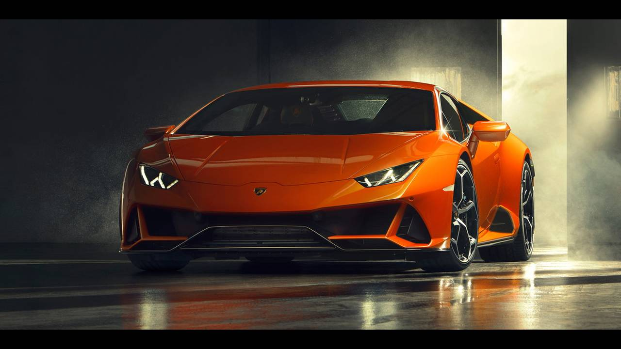 https://cdn.cnngreece.gr/media/news/2019/01/07/160951/photos/snapshot/LAMBORGHINI-HURACAN-EVO-10.jpg