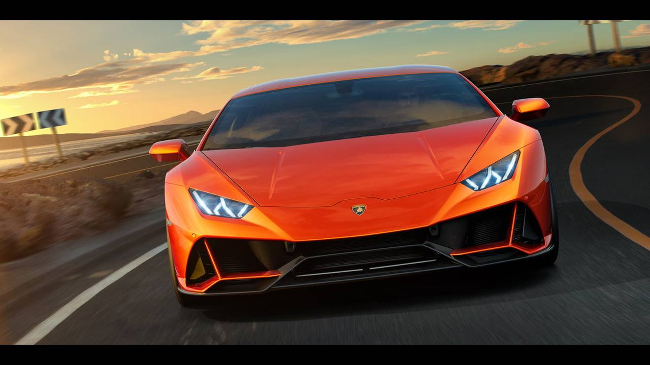 https://cdn.cnngreece.gr/media/news/2019/01/07/160951/photos/snapshot/LAMBORGHINI-HURACAN-EVO-3.jpg