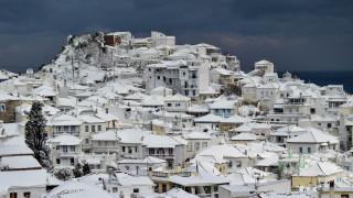 Κακοκαιρία «Τηλέμαχος»: Χωρίς ρεύμα πολλές περιοχές της Σκοπέλου