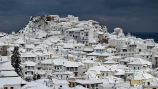 Καιρός Σκόπελος: Αποκαταστάθηκε η ηλεκτροδότηση - Κλειστά όλα τα σχολεία την Τρίτη