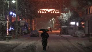 Καιρός Live: Δείτε ζωντανή εικόνα από τα σημεία της Αθήνας που χιονίζει (live camera)