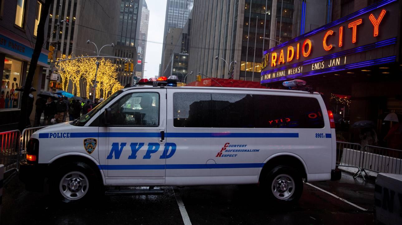 Σάλος στη Νέα Υόρκη με αστυνομικό ερωτικό σκάνδαλο - Τους πήραν τα όπλα για να μην αλληλοσκοτωθούν