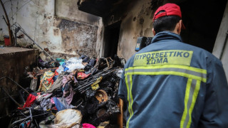 Καλλιθέα: Στο νοσοκομείο δύο μικρά παιδιά μετά από πυρκαγιά