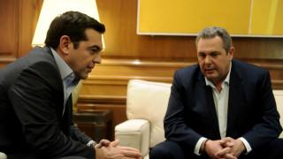 Τσίπρας εναντίον Καμμένου: Η ενδοκυβερνητική κόντρα μεταφέρεται στα «τηλε-παράθυρα»