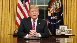 Διάγγελμα Τραμπ: Aπαίτησε για ακόμη μια φορά από το Κογκρέσο κονδύλια για το τείχος