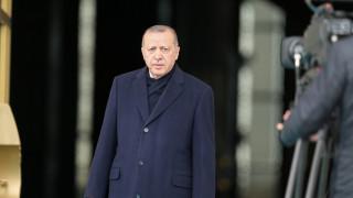 Άγκυρα: «Δεν θα ζητήσουμε την άδεια κανενός για την επιχείρηση στη Συρία»