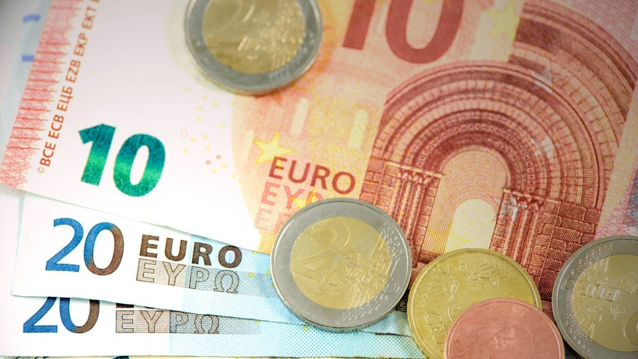 Κατώτατος μισθός: Ποιοι δικαιούνται αύξηση έως και 120 ευρώ