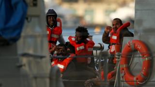 Μάλτα: Τέλος στον εφιάλτη των 49 μεταναστών που βρίσκονταν «εγκλωβισμένοι» σε πλοίο