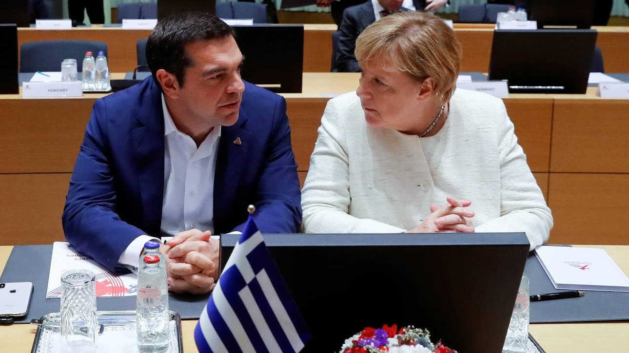Διπλό «στοίχημα»: Τι περιμένει η κυβέρνηση από την επίσκεψη Μέρκελ